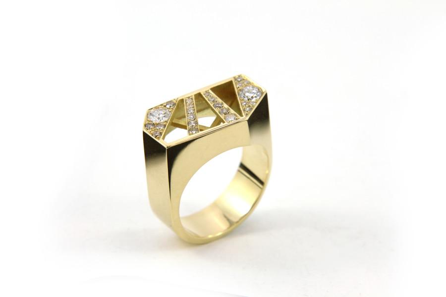 Anne's ring sm