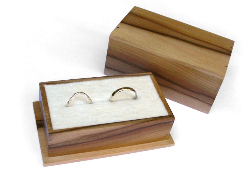 Rings w box_sm